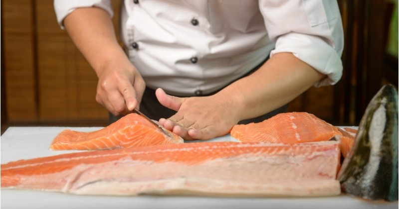 Êtes-vous prêts à manger du poisson sans poisson ? Le poisson artificiel bientôt dans nos assiettes !