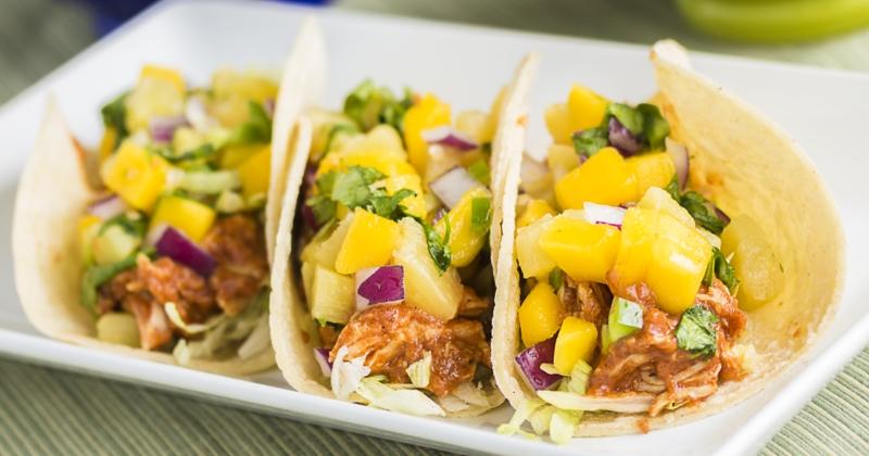 Réalisez de délicieuses fajitas poulet et ananas pour faire le plein d'énergie !