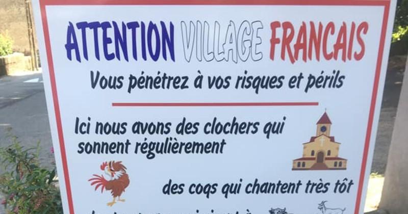 Un maire a installé un panneau pour alerter sur les bruits de la campagne à l'entrée du village