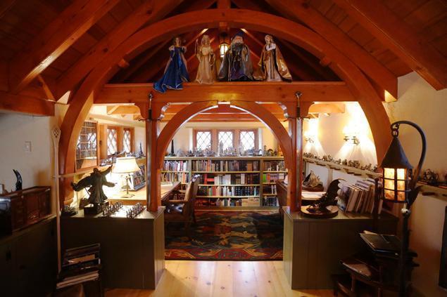 Un architecte s 39 est fait construire une vraie maison de hobbit - Construire une maison de hobbit ...