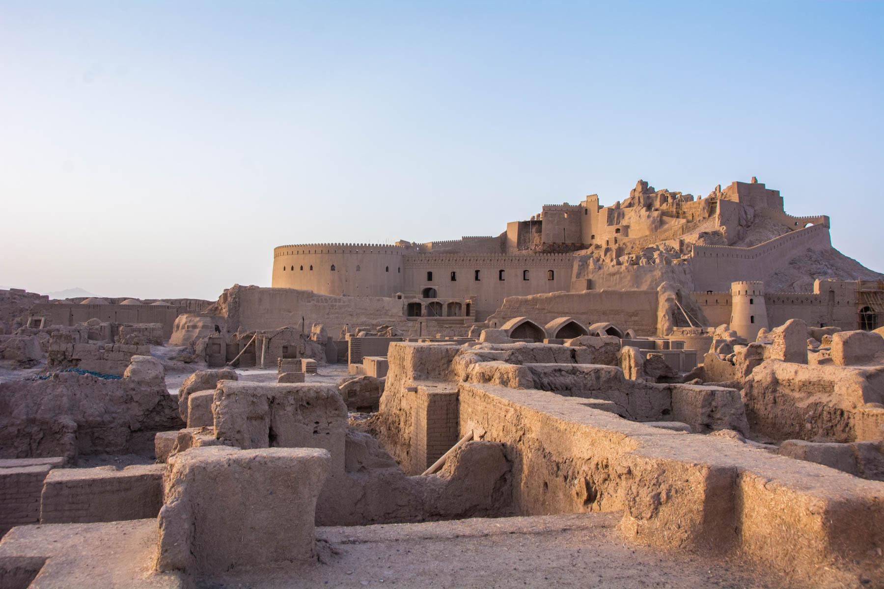 La citadelle d'Arg-é Bam, l'un des plus beaux édifices d'Iran ! Par Clément P. Lostwithpurpose