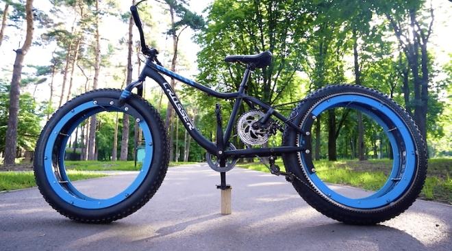 Sans moyeu et sans rayons sur ses roues The-q-hubless-bike-3