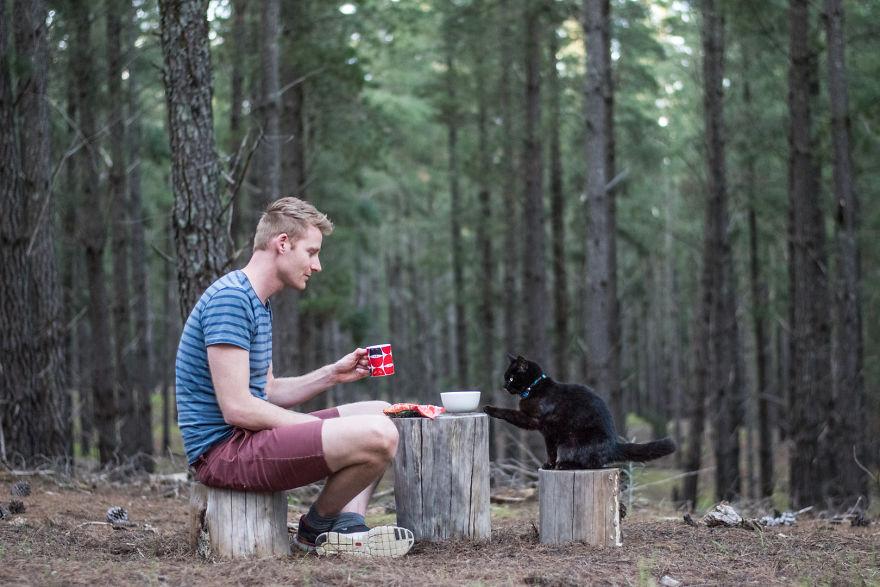 Cet Australien a tout quitté pour voyager en van avec son chat 1%20VanCatMeow