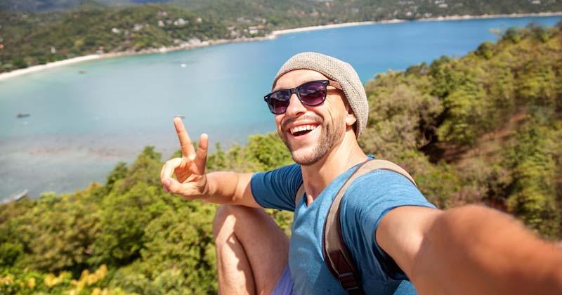 Les selfies sont plus dangereux pour l'homme que les requins