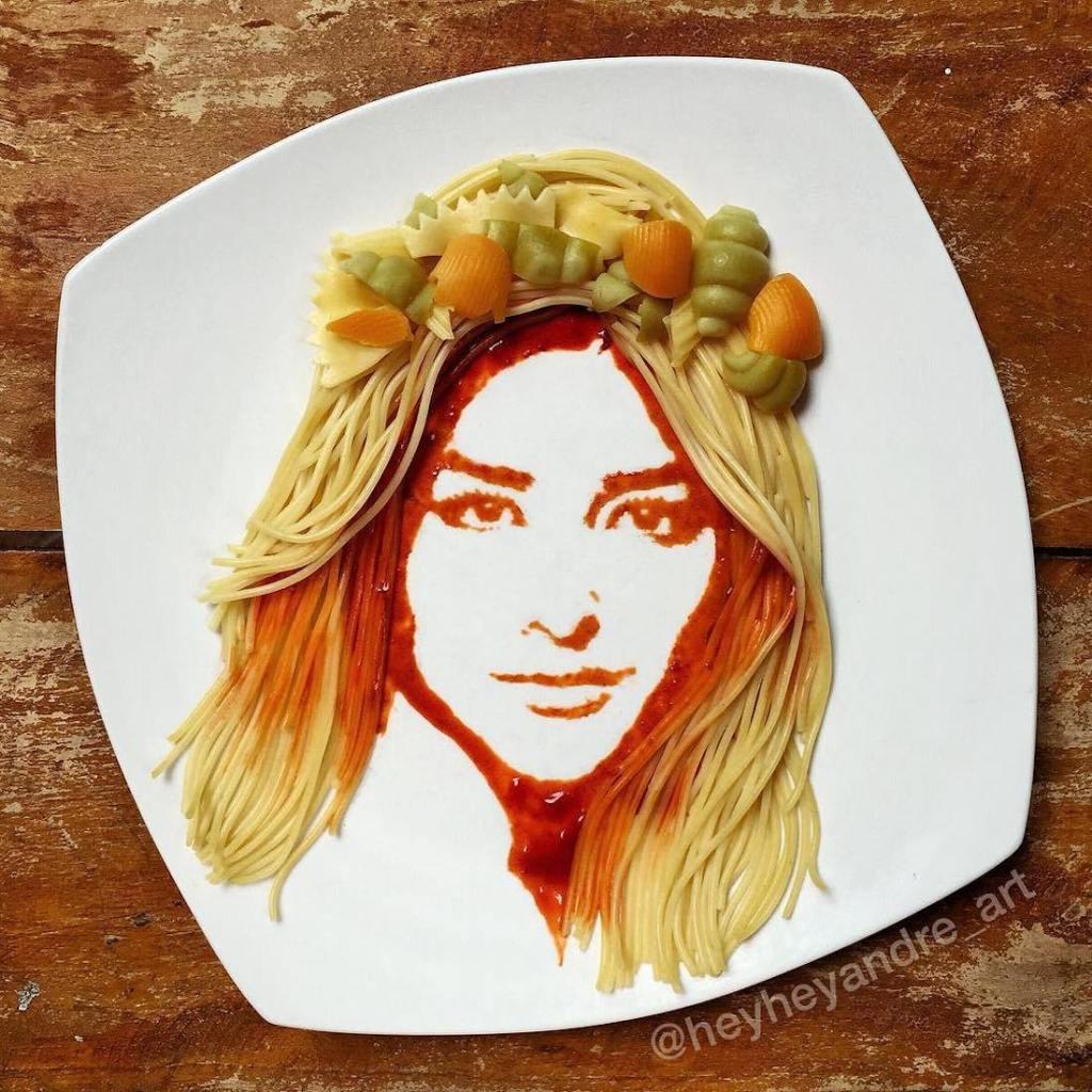 Artiste en nouilles de tomate. Portraits16