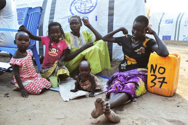 La France accueille les premiers réfugiés évacués de Libye