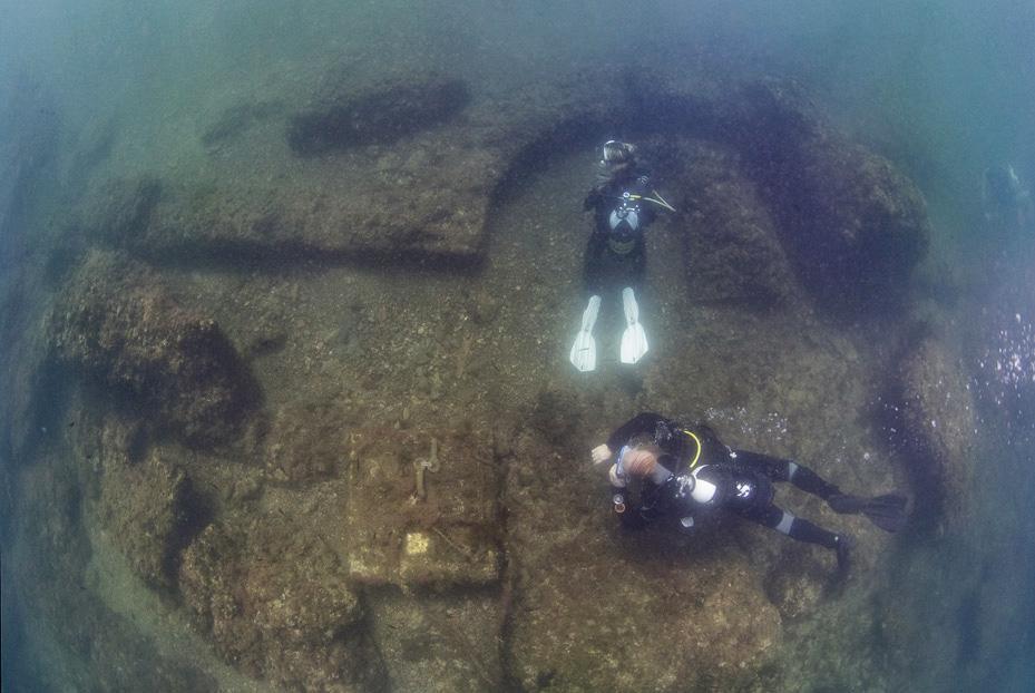 Aujourd'hui engloutie sous les eaux, cette station de vacances était autrefois considérée comme le Saint Trop' de la Rome Antique ! Par Nathan Weber C