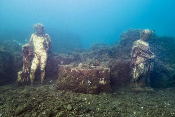 Aujourd'hui engloutie sous les eaux, cette station de vacances était autrefois considérée comme le Saint Trop' de la Rome Antique ! Par Nathan Weber F