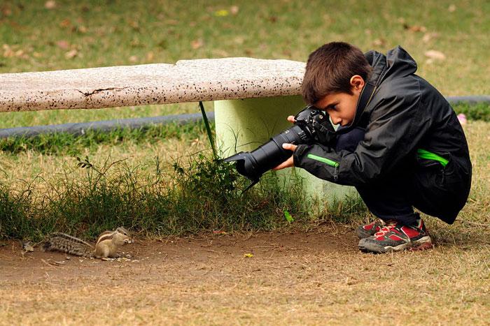 il a reçu le 1er prix de photographie animalière à Londres à 9 ans