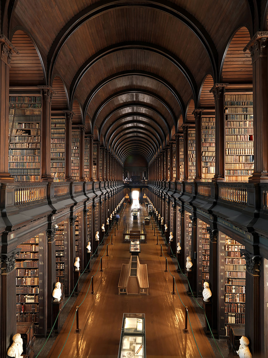 Recherche d'images - appel à contribution - Page 2 Amazing-libraries-5__880