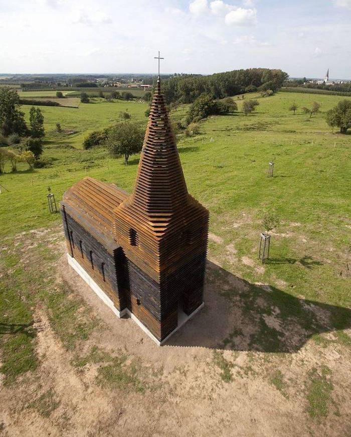 Une église unique au monde. dans Information