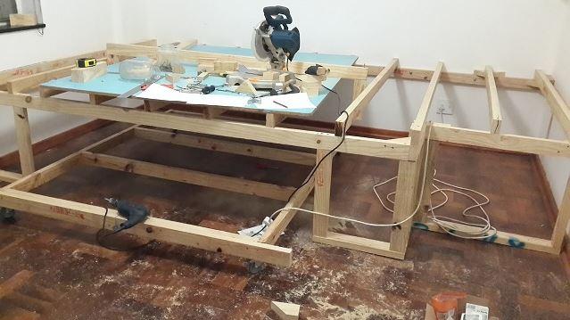 astuce d couvrez comment transformer une toute petite pi ce inutilis e en une chambre bureau. Black Bedroom Furniture Sets. Home Design Ideas