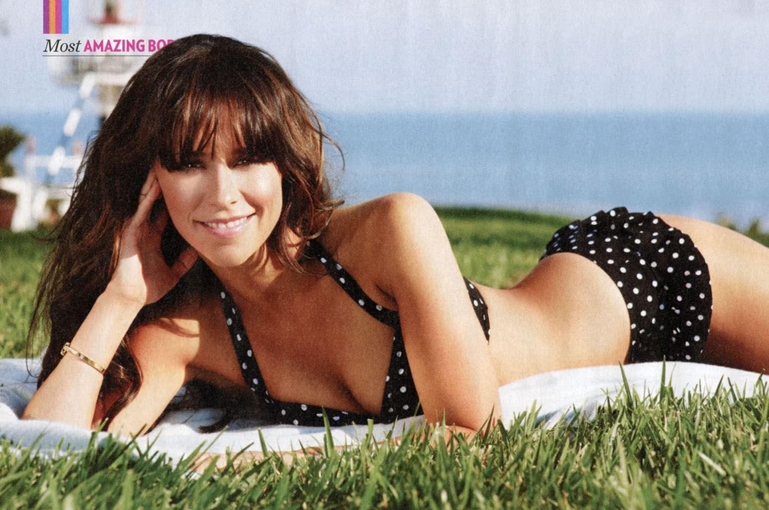 Bikini hewitt jennifer love pic adult