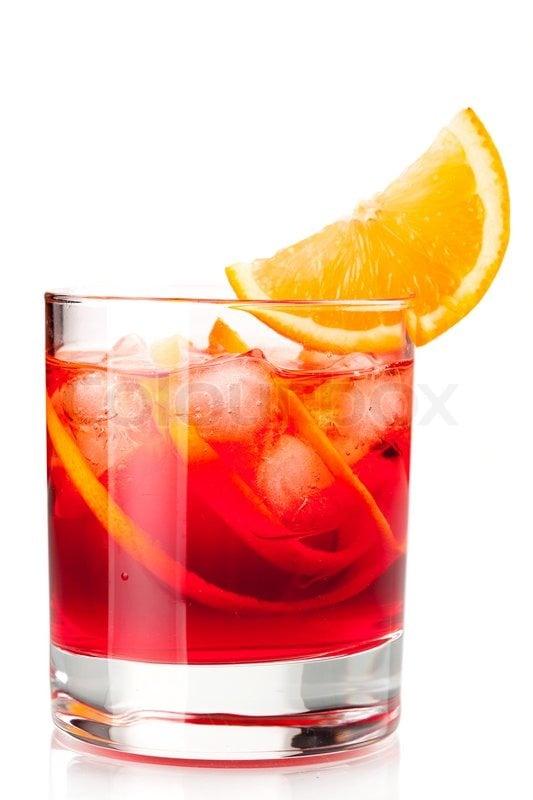 15 tonnantes recettes de cocktails base de bi re pour for Cocktail embuscade