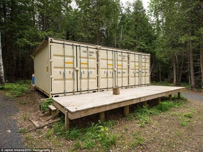 Pour un prix ridicule cet homme a construit la plus for Habiter un container