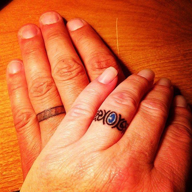 Gut gemocht 20 tatouages d'amoureux qui remplacent avec élégance les alliances ! LS43