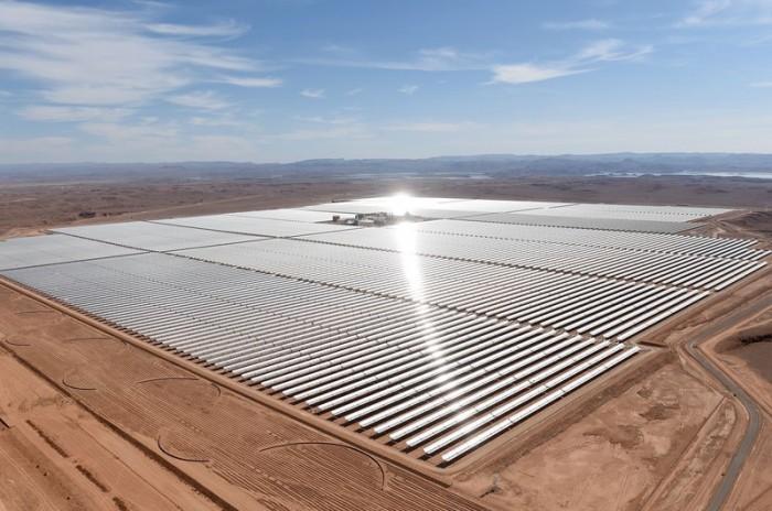 Εγκαινιάστηκε η μεγαλύτερη μονάδα ηλιακής παραγωγής στον κόσμο στο Μαρόκο.