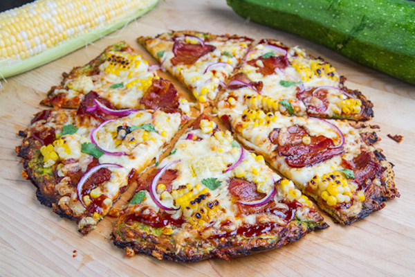 25 pizzas sans p te qui vous donneront l 39 eau la bouche. Black Bedroom Furniture Sets. Home Design Ideas