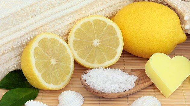 10 astuces de beaut faire avec du citron - Gommage visage fait maison ...