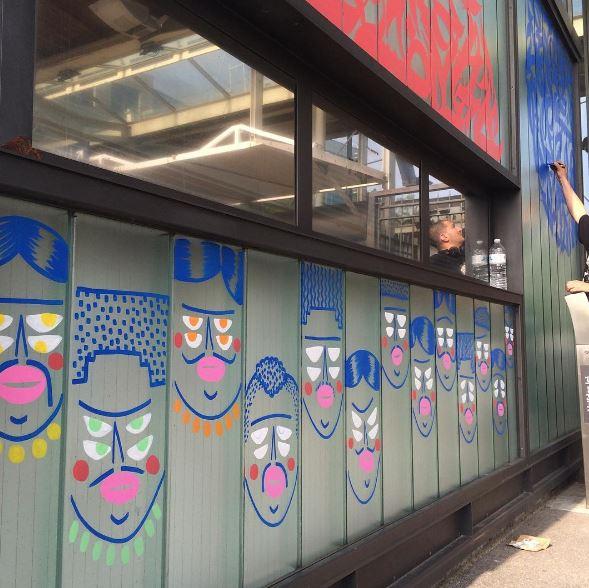 Le street art est l 39 honneur dans la gare de saint denis for Exterieur quai gare de l est