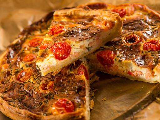 la recette de l 39 t r alisez une tarte au thon et aux tomates. Black Bedroom Furniture Sets. Home Design Ideas