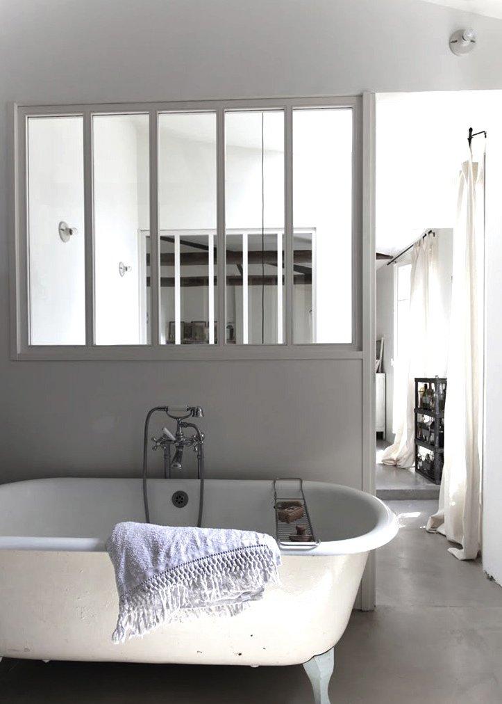 Marie claire maison salle de bain top amenagement salle for Salle de bain claire