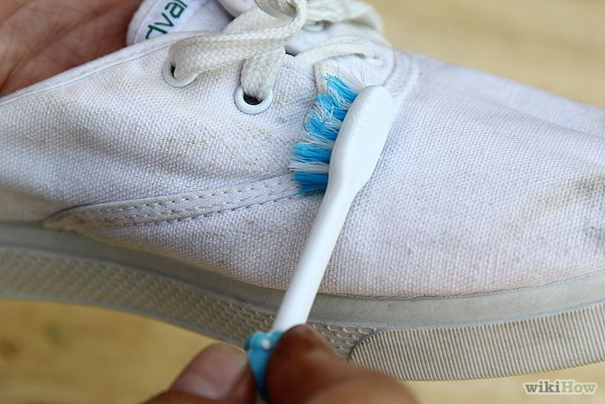 how to wash white keds shoes