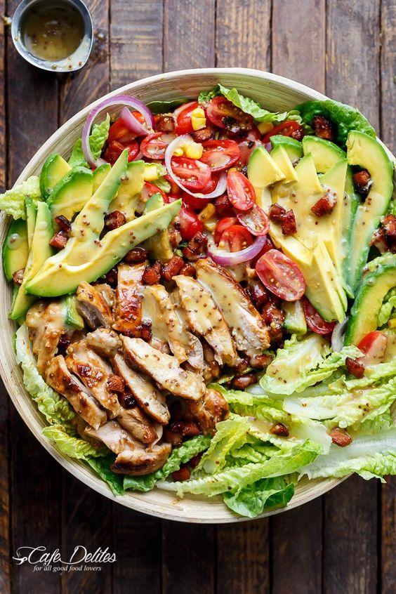 la salade de cobb une recette au bacon et au roquefort tester d 39 urgence cet t. Black Bedroom Furniture Sets. Home Design Ideas