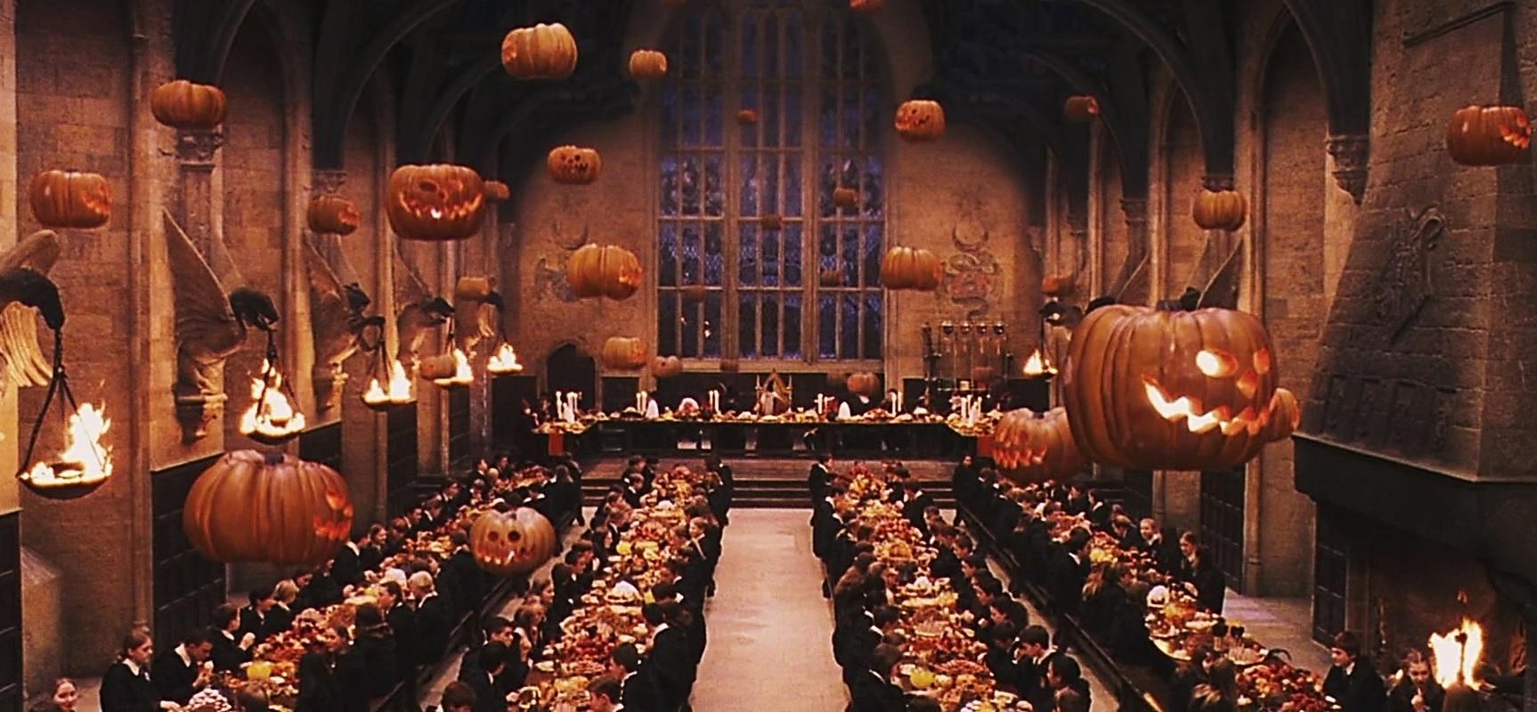 Harry potter envie d 39 une pinte de bi reaubeurre bien fra che et des drag es surprise de - Deco hal halloween ...
