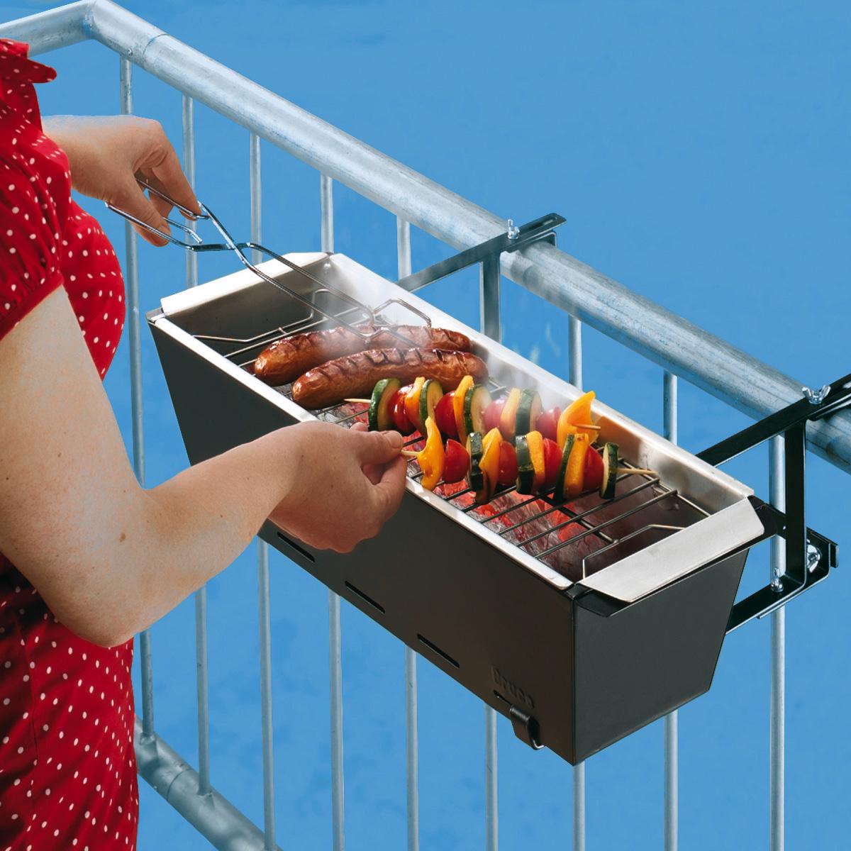 faire un barbecue sur son balcon c 39 est possible craquez pour ce mini barbecue de rambarde. Black Bedroom Furniture Sets. Home Design Ideas