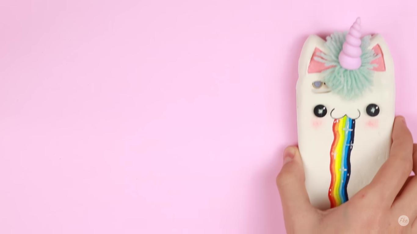 Pour les fans de licornes r alisez une coque de protection pour smartphone licorne - Fabriquer une coque de telephone ...