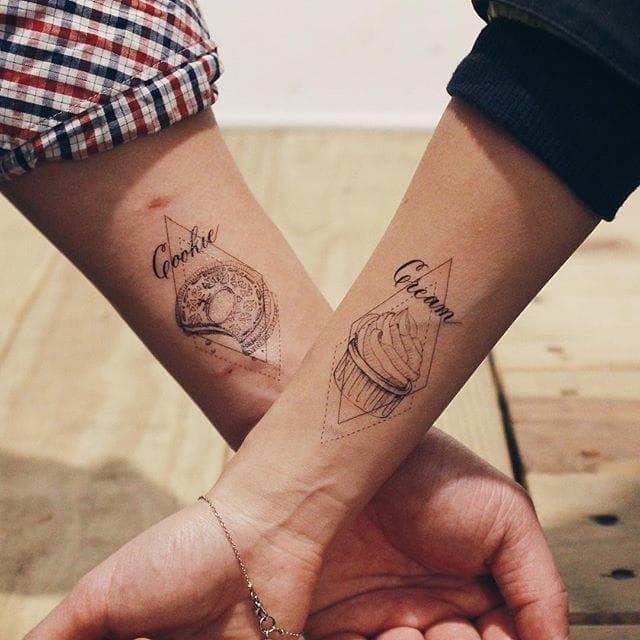 11 Tatouages D Amoureux Qui Remplaceront Avec Elegance Les Alliances