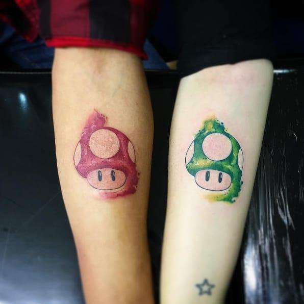 11 tatouages d 39 amoureux qui remplaceront avec l gance les alliances - Tatouage en couple ...