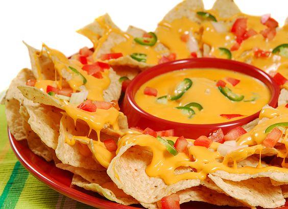 L 39 ap ro facile conomique et pr t en 5 minutes les nachos au fromage et sauce salsa - Sauce fromage pour tacos ...