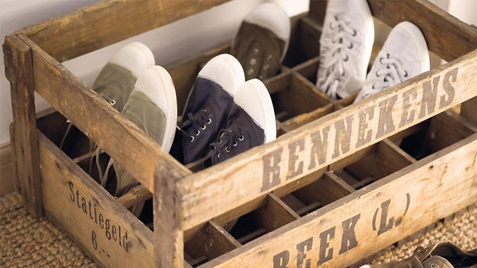 35 id es de rangement pour les chaussures afin de les for Rangement chaussures diy