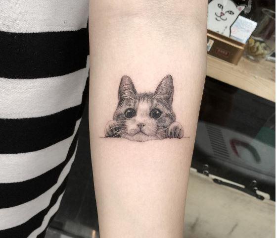 voici 25 adorables tatouages minimalistes inspir s des chats pour exprimer votre passion des. Black Bedroom Furniture Sets. Home Design Ideas