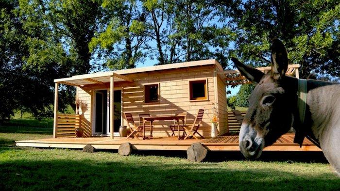 Cette Maison Se Fabrique Sans Outils Et Tout Le Monde Peut La Construire  With Construire Sa Maison Tout Seul