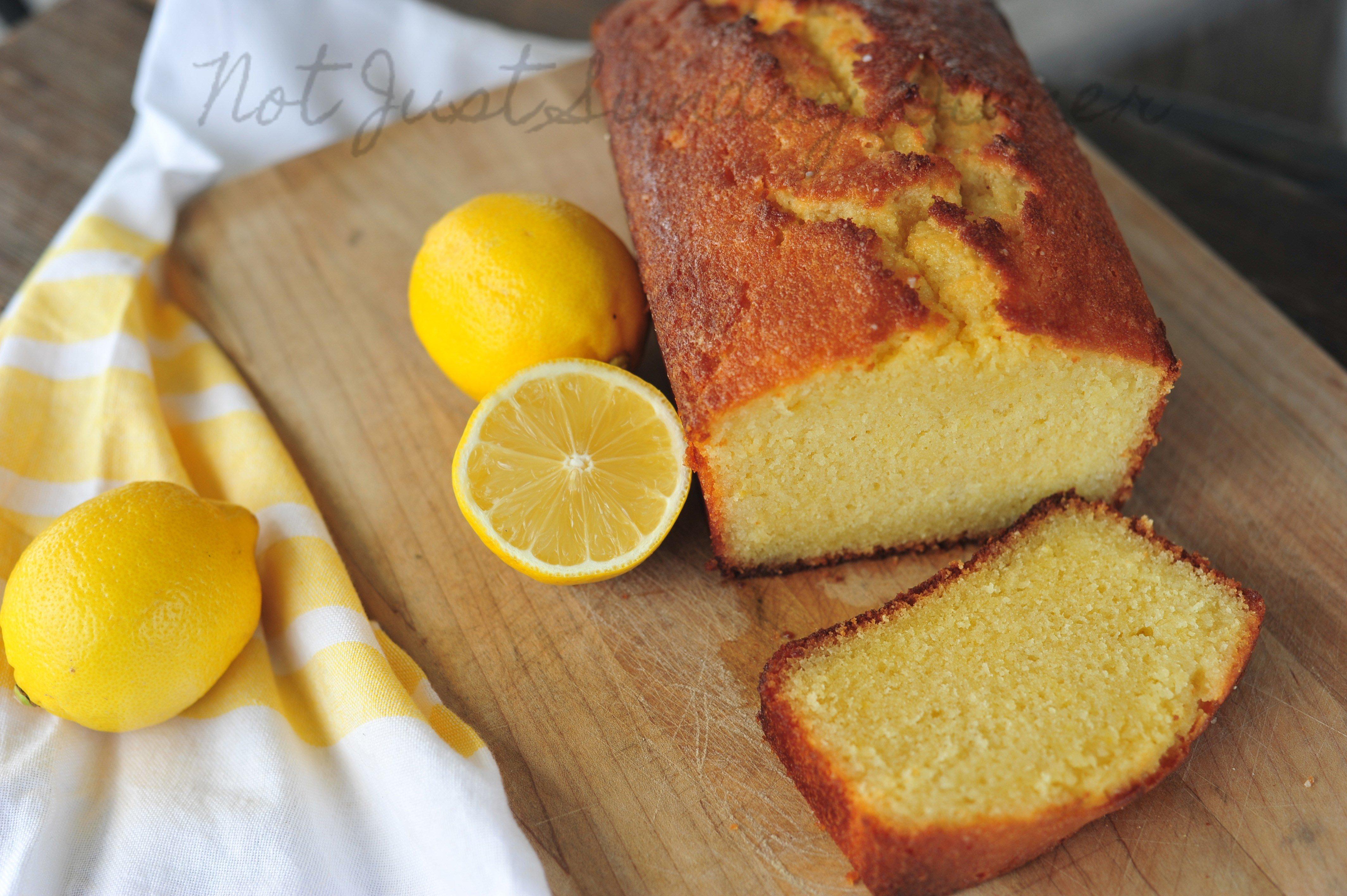 Le dessert du jour  le quatre,quarts au citron, tout simplement  irrésistible.