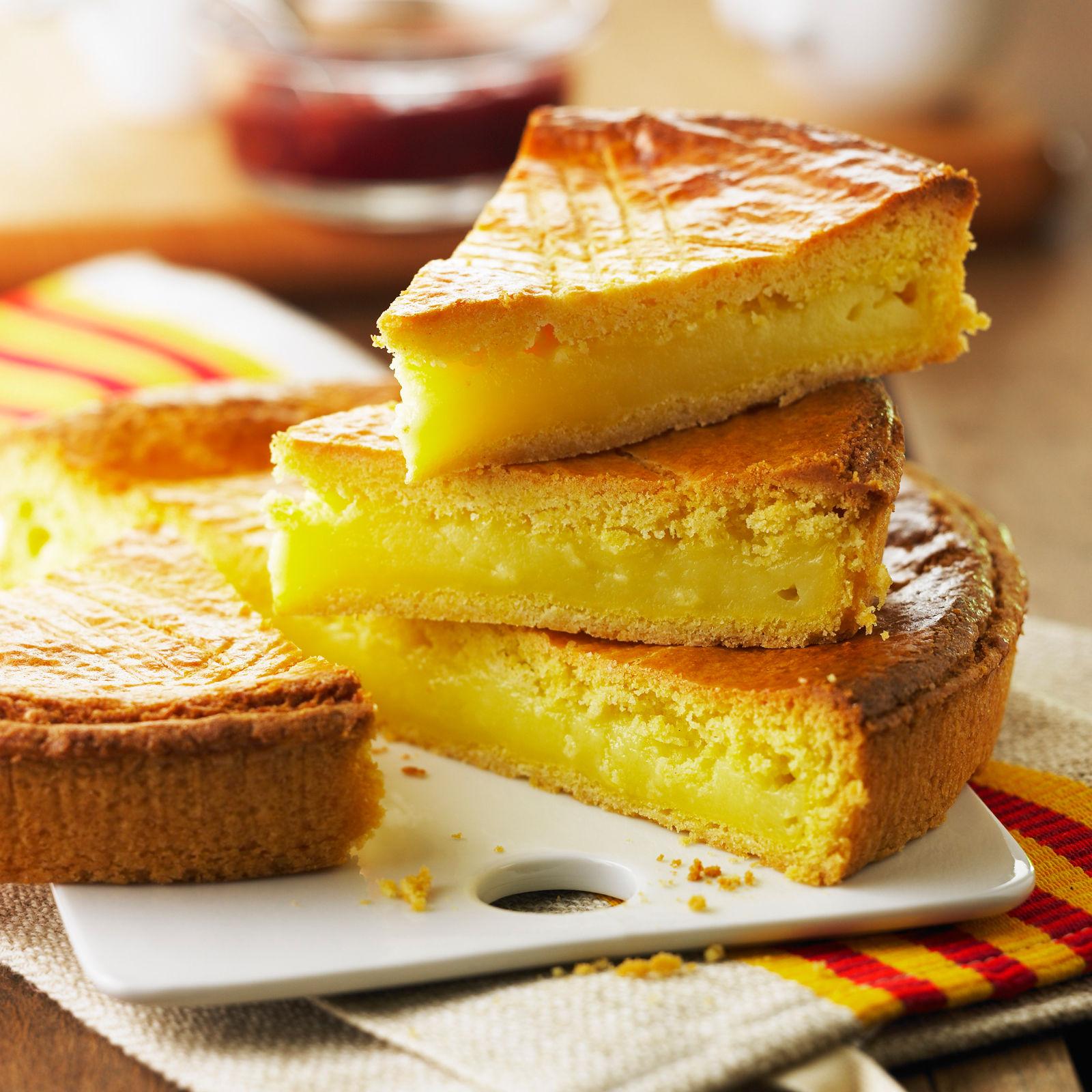 Découvrez la recette traditionnelle du gâteau basque….