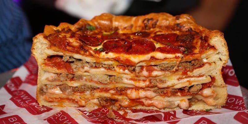 La pizza cake ce g teau xxl pour tous ceux qui n en ont for Le garage a pizza