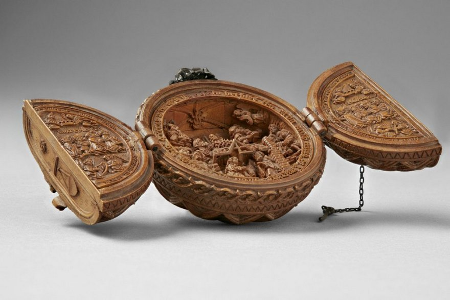 Iconographies Religieuses 16 siècle  Miniature-boxwood-carvings-16th-century-4