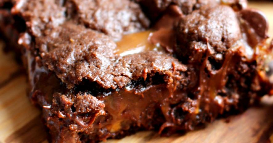 Dé-li-cieux : ce gâteau à base de barres chocolatées Mars est une ...