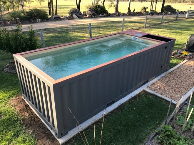 cette entreprise australienne fabrique des piscines partir de containers et a en jette. Black Bedroom Furniture Sets. Home Design Ideas