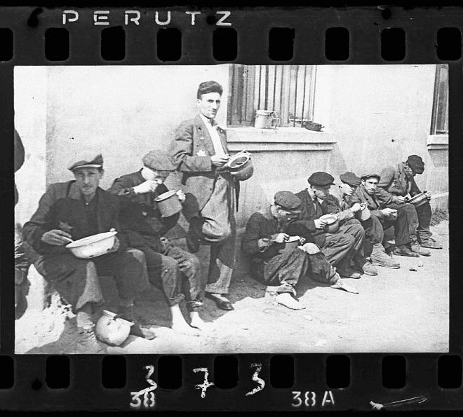 La vie horrible des Juifs Polonais dans le ghetto de Lodz ! Par Jérémy B.  21