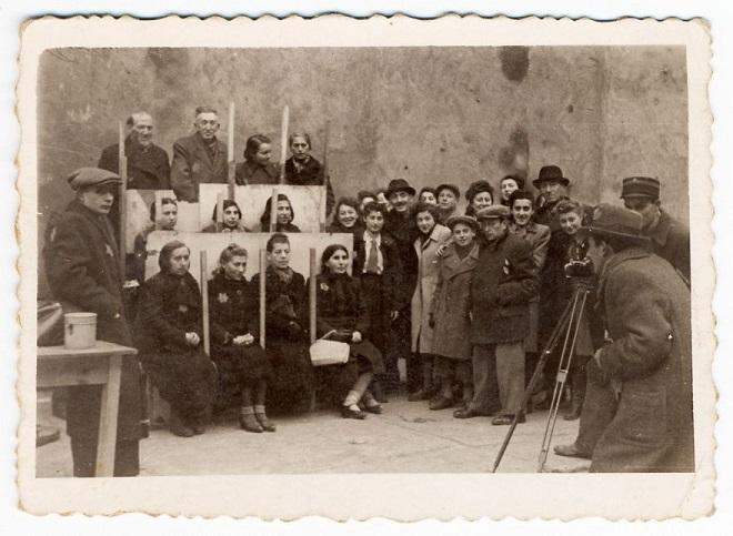 La vie horrible des Juifs Polonais dans le ghetto de Lodz ! Par Jérémy B.  9