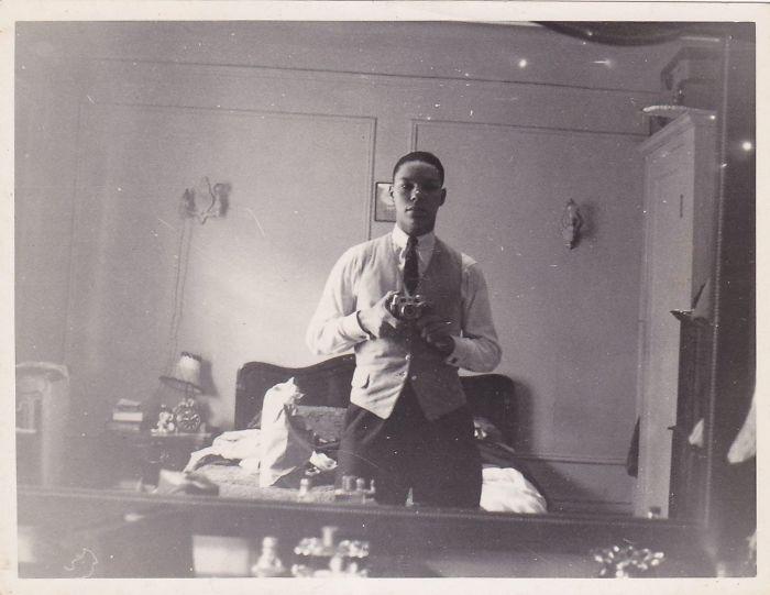 22 selfies vintage de personnalit s c l bres avant l for Miroir invention