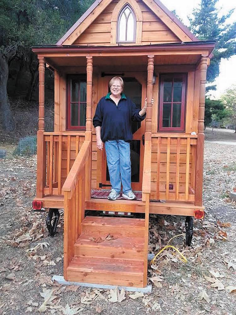 pour ne pas finir leurs jours dans une maison de retraite ces seniors d cident d 39 investir dans. Black Bedroom Furniture Sets. Home Design Ideas