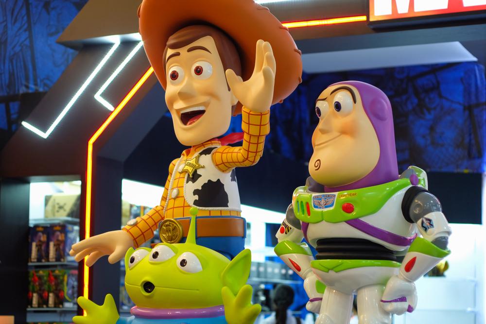 Découvrez Forky, le nouveau personnage de Toy Story 4 — Bande Annonce