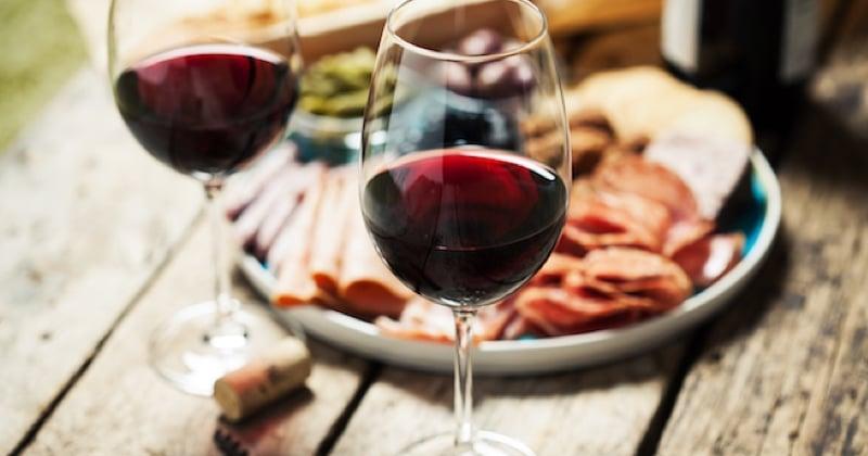 Le premier vin français au cannabis est un Bordeaux, ça détend !