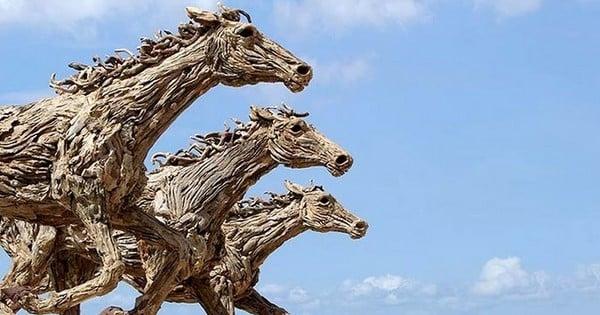 Découvrez le travail fantastique de cette artiste qui fait des immenses sculptures de chevaux en bois absolument sublimes